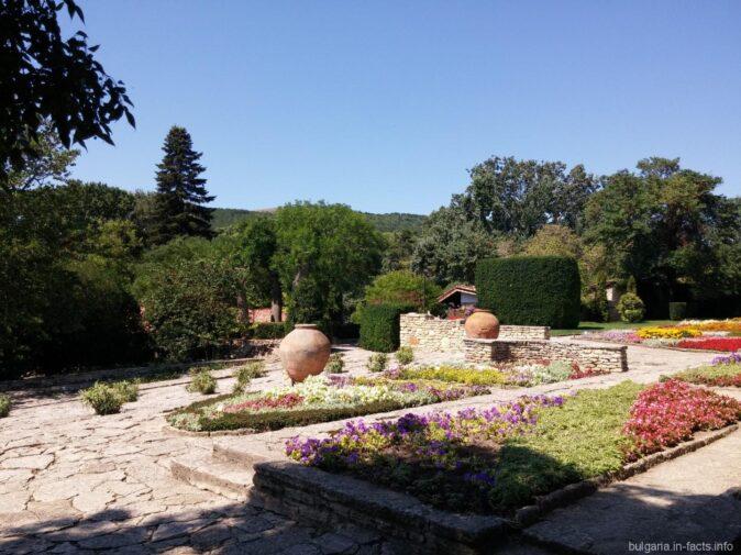Ботанический сад в Балчике съездили самостоятельно