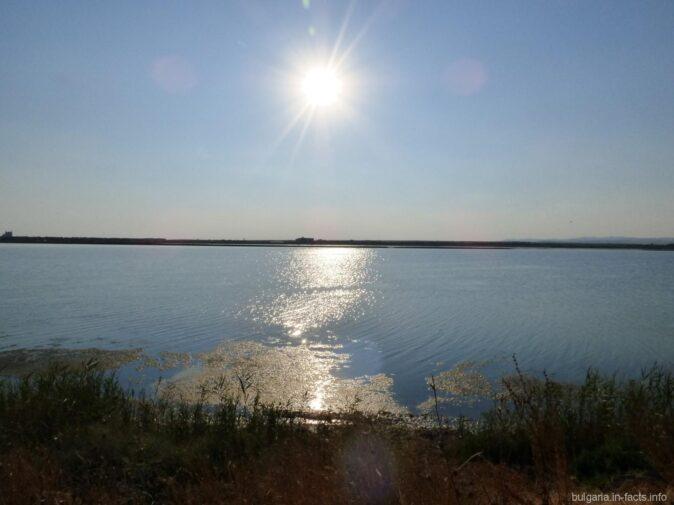 Воды Поморийского озера