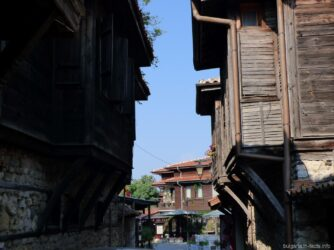 Деревянные здания в старом Несебре