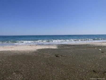 Дикий пляж на косе между Поморьем и Ахелоем