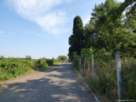 Дорога к гробнице в Поморие
