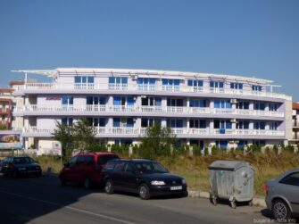 Еще одна гостиница в Равде