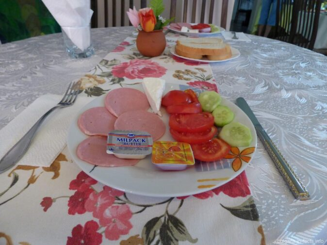 Завтраки в гостинице Ванини