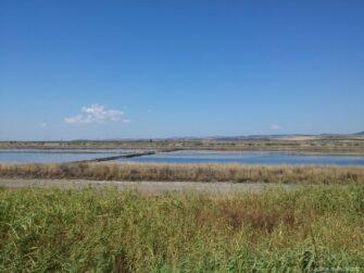 Красивое Поморийское озеро в Болгарии