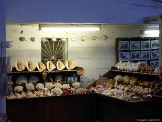 Магазин с ракушками в Болгарии