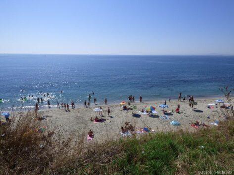 Небольшой пляж Ахелоя