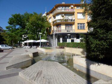 Один из фонтанов в Бургасе