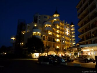 Одна из гостиниц на Солнечном береге