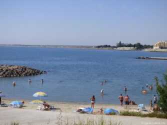 Песчаный пляж Ахелоя