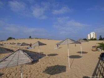 Платная часть Южного пляжа в Несебре