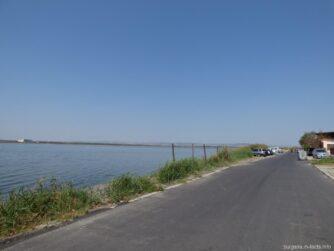 Поморийское озеро возле бунгало