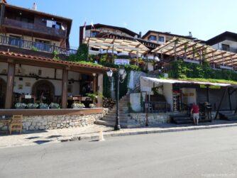 Рестораны и кафе вдоль набережной Несебра