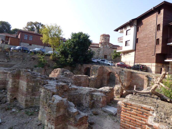Руины византийских терм в Несебре