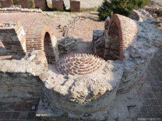 Стены церкви Святой Богородицы