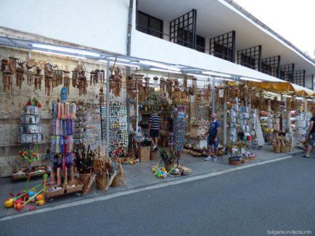 Сувенирные магазинчики в Несебре