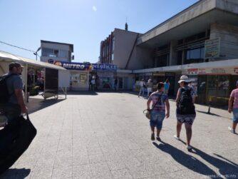Территория автовокзала в Варне