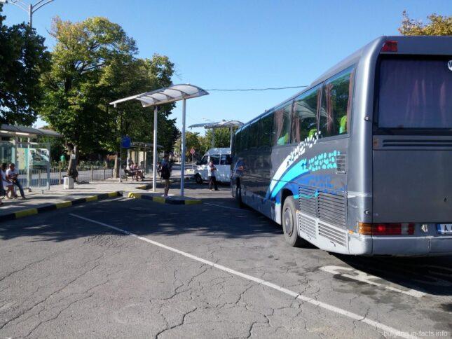 Типичные междугородние автобусы в Болгарии