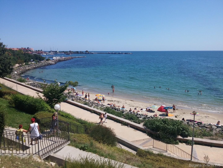 несебр болгария фото пляжа левой части изображены