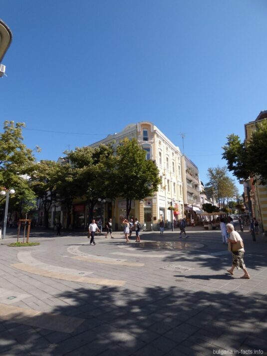 Улицами Бургаса