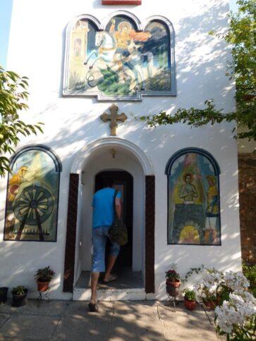 Вход в колокольню монастыря