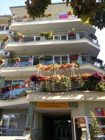 Зеленая гостиница Несебра