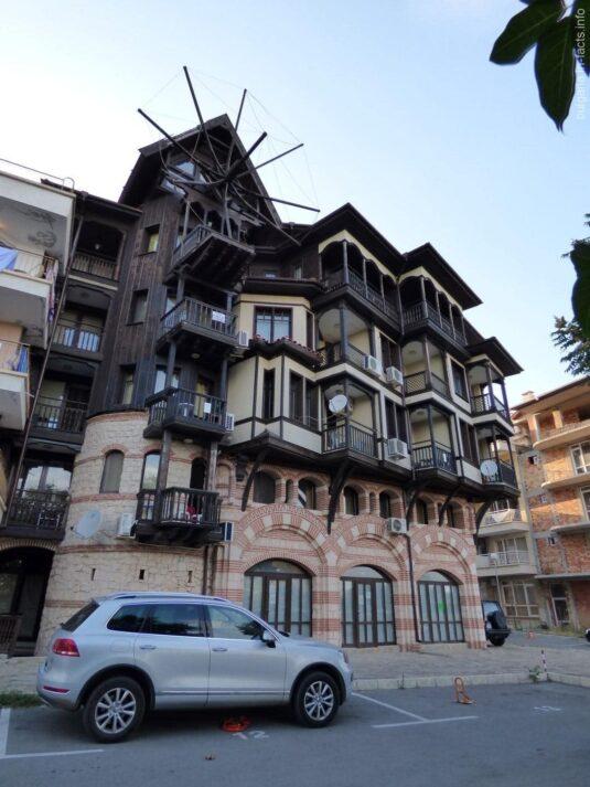 Необычный отель в Несебре
