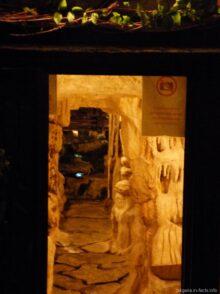 Эко ресторан в Несебре пещера