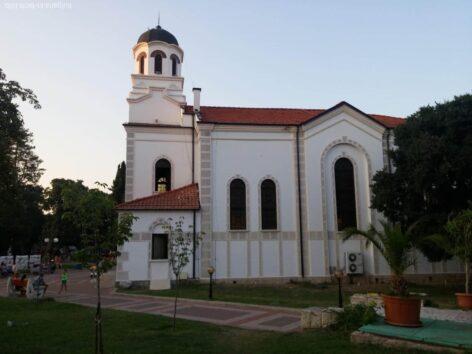 Красивая церковь в Помории