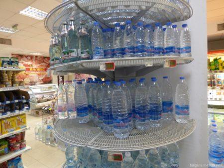 Минералка в супермаркете Младост, Несебр