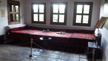Мужская кровать в Арбанаси